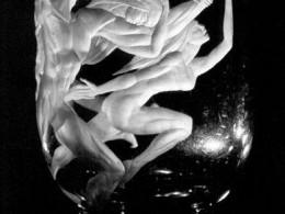 Pilvi Ojamaa. Müüt (2000, klaasigraveering)