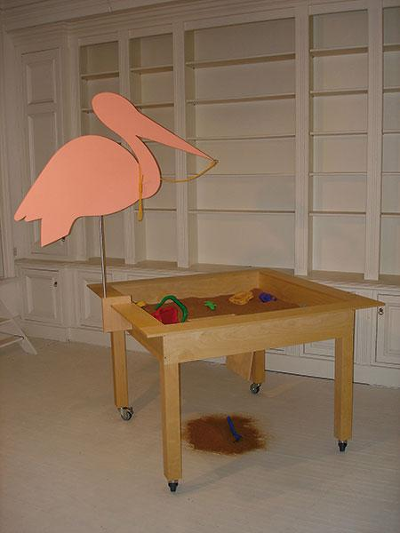 "Object ""Sandbox"" (2006, 150 x 150 x 230 cm)"