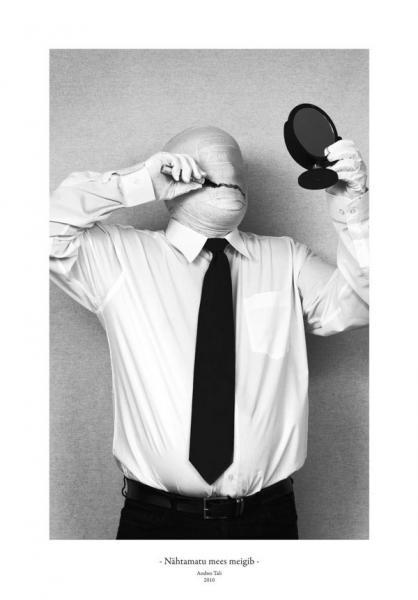 Andres Tali. Nähtamatu mees meigib (2010, digitaaltrükk, 125 x 165 mm)