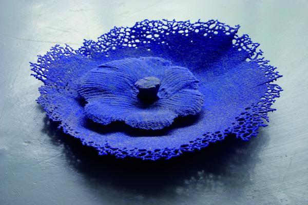 Mare Saare - Big Blue Fragile (2009, glass, pâte de verre, fused on sand, diameter 320 mm)