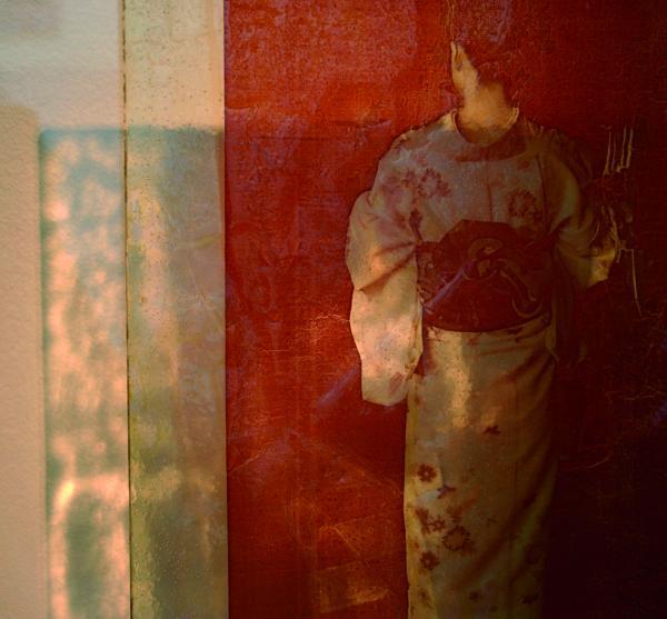 Mare Saare - Japan: Prayer (2011, glass, digital print, fired, laminated, 550 x 400 mm)