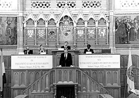 Parlamentidevahelise Liidu sümpoosion 1993. aasta mais Budapestis