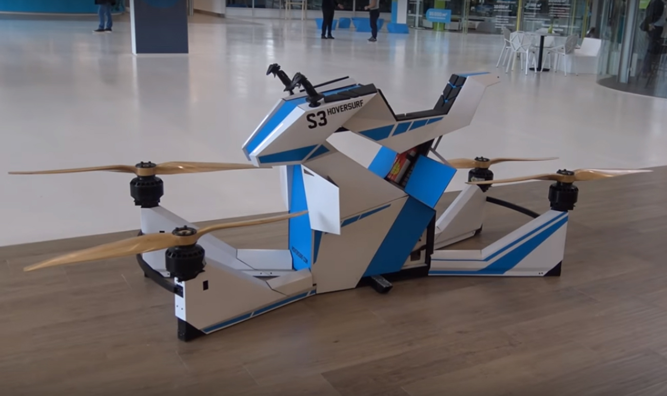 "Hoversurf ""Skorpion-3"" mudel, millele Dubai politsei on andnud tellimuse. Foto: https://www.youtube.com/chann"