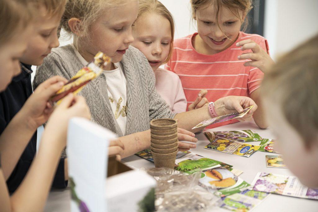 Loodusainetes on oluline eesmärk õpilaste uurimuslike oskuste arendamine.