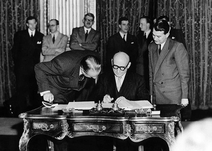 Prantsuse välisminister Robert Schuman esitas 9. mail 1950 Pariisis deklaratsiooni, mis sai aluseks Euroopa Söe- ja Teraseühenduse ja hiljem Euroopa Liidu loomisele. Foto: Euroopa Parlament
