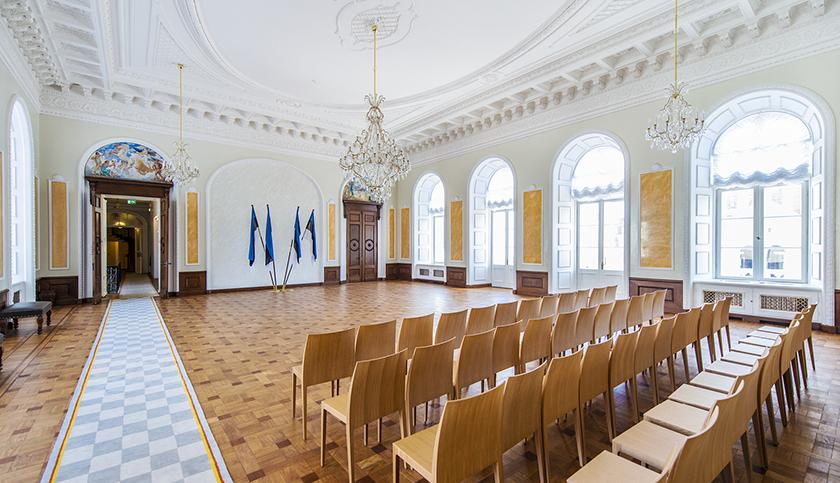 Toompea lossi valgest saalist on saanud Riigikogu esindusruum
